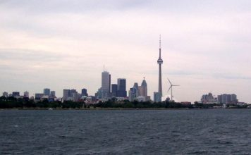 3 Best Breast Augmentation Surgeons In Toronto Featured